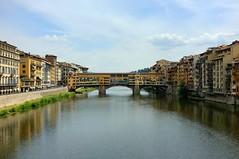 Ponte Vecchio (Bx100) Tags: travel italy florence europe ponte finepix firenze fujifilm fujinon vecchio f20 2011 x100 23mm