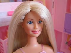 Barbie house 016 (IrenaSasha) Tags: house toy doll barbie mattel diorama