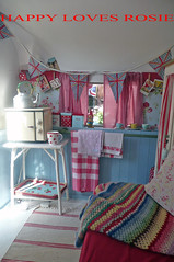 COOKING AREA (HAPPY LOVES ROSIE) Tags: flowers red max green ikea yellow vintage garden happy strawberry deckchair cheeky next retro gingham caravan chic decor unionjack 1950 pram polkadot decorated blighty shabby cathkidston grannyblanket happylovesrosie frenchenamel bluecheck tanyawhelan vintex 2berth fisherholivan happyshabby bellingcooker
