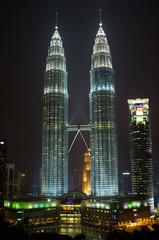 Petronas Towers at Night (Jim Boud) Tags: mall skyscrapers malaysia kualalumpur klcc petronastowers petronastwintowers kualalumpurcitycenter petronastowersatnight jrbxom jamesboudphotoart jimboudphotography