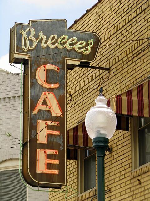 Breece's Cafe w/ working neon
