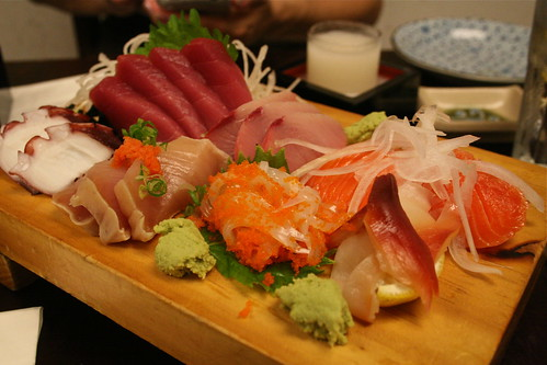 Our oh-so-good sashimi platter