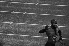Asafa Powell - Golden League - Brussels 2009 (Bichro) Tags: brussels europe belgium bruxelles running jamaica asafapowell goldenleague 100meters blackwhitephotos meeteing
