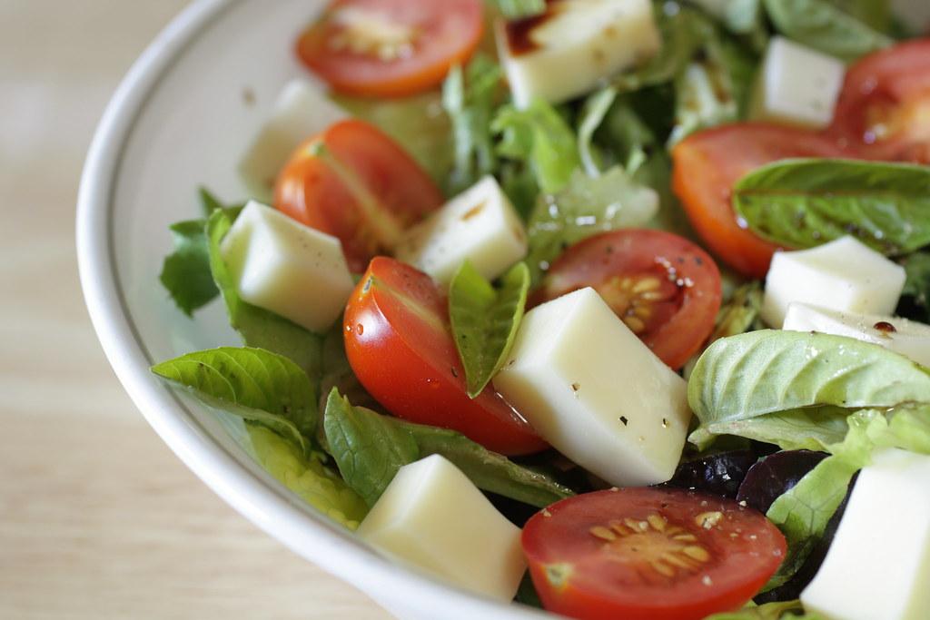 caprese salad, bistro style