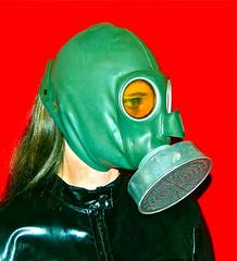WW II-2 (horpach) Tags: fetish mask goggles rubber latex gasmask gummi maske fetisch gasmaske breathplay