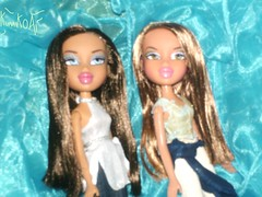 Selene and Cinthia (Kumiko Ai) Tags: fashion toy cool dolls bratz fianna nevra