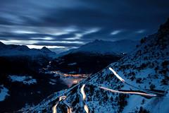 Curve di luce (Autobed) Tags: auto parco snow car clouds lights long exposure explore torri lunga esposizione stelvio naturale scie canonefs1755mmf28isusm fraele