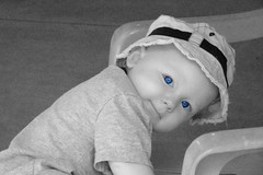 Wyatt Robert @ 13Months (:France Photography:) Tags: blue bw france color robert eyes with months 13 wyatt dsch50 urvision