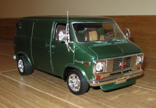 scale 1974 1971 model panel front 71 plastic chevy 1975 kit van 1977 75 1972 74 77 72 1973 gmc built 1976 73 shorty 76 revell builtup chevyvan