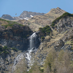Spring snow melt in the Hoge Tauern (Bn) Tags: park blue light shadow sky sun snow mountains alps fall ice nature water walking geotagged heidi austria golden waterfall spring woods topf50 rocks ray wasserfall eagle hiking wildlife falls adventure evergreen alpine national valley goldenvalley melt spar spruce larvae finest seekers steep birdofprey marmots hohe rauris lariks unspoilt tauern 50faves krumltal wasserfallalm rauristal bartgeier beardedvulture lammergier kruml dastaldergeier taldergeier valleyofvultures schaflegerkopf 2788m thekingsoftheair dalvandegieren geo:lon=12948166 geo:lat=47124704