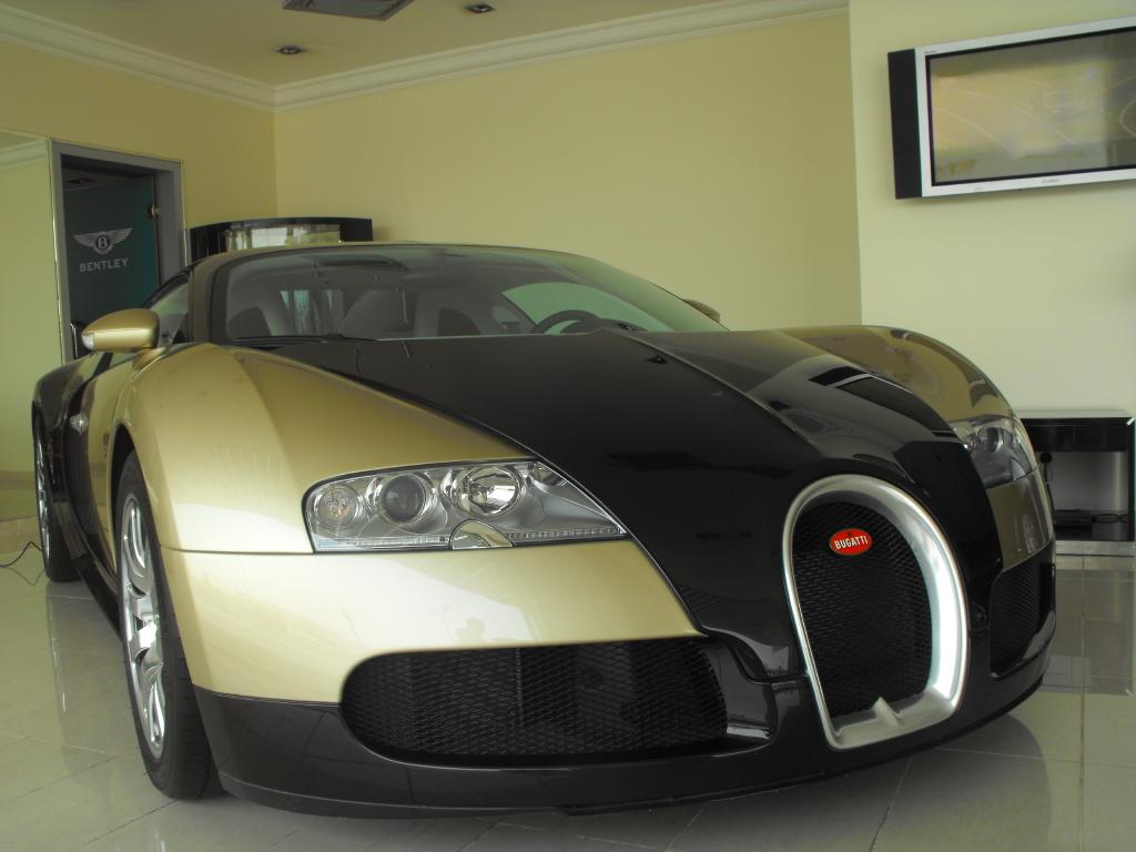 Bugatti Veyron 16.4 in Qatar