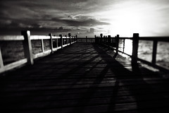 .in the enD (27147) Tags: ocean wood bridge sunset shadow sea sun clouds canon thailand dusk thai 24mm tse chonburi f35l