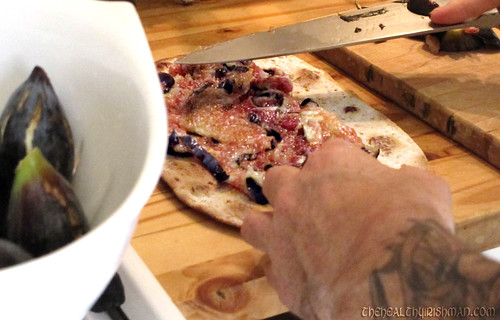 Making Fig Pizza
