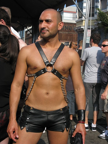 heber springs asian single men Find american gay men for gay sex, gay hookup and gay dating  gay cruising in the usa  berkeley springs, west virginia.