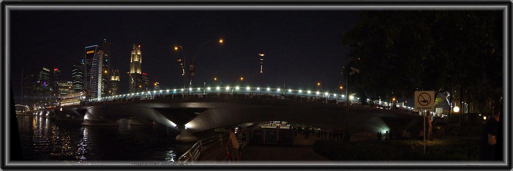 Esplanade Bridge during F1