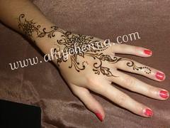 CIMG2706.JPG (Akiyohenna) Tags: wedding tattoo bride bridalshower hands indian henna mehendi bodyart mehndi sangeet specialoccasion mehandi akiyohenna temporarybodyart