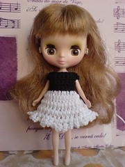 Petite Blythe Black&White