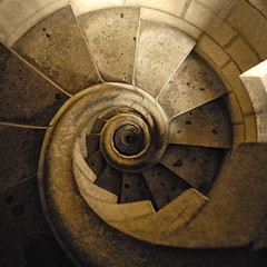 Spain - Barcelona - Sagrada Familia - Spiral Stairs - sq - straight (Darrell Godliman) Tags: barcelona travel copyright espaa vortex building tourism church stone architecture spain arquitectura nikon europe stair barca catholic cathedral squares stonework bcn steps descent eu catalonia chruch staircase squareformat gaudi architektur catholicchurch handrail catalunya d200 lookingdown sq architettura europeanunion catalua escaleras allrightsreserved romancatholic architectuur modernisme spiralstaircase mimari descending antoniogaud antoniogaudi antonigaud catalogne spiralstair eixample europeseunie bsquare unineuropea helical nikond200 instantfave 5photosaday unioneuropenne templeexpiatoridelasagradafamlia omot  expiatorytempleoftheholyfamily temploexpiatoriodelasagradafamilia flickrelite dgphotos darrellgodliman wwwdgphotoscouk dgodliman antoniplcidguillemgaudicornet spainbarcelonasagradafamiliaspiralstairssqstraight 2009dgodliman