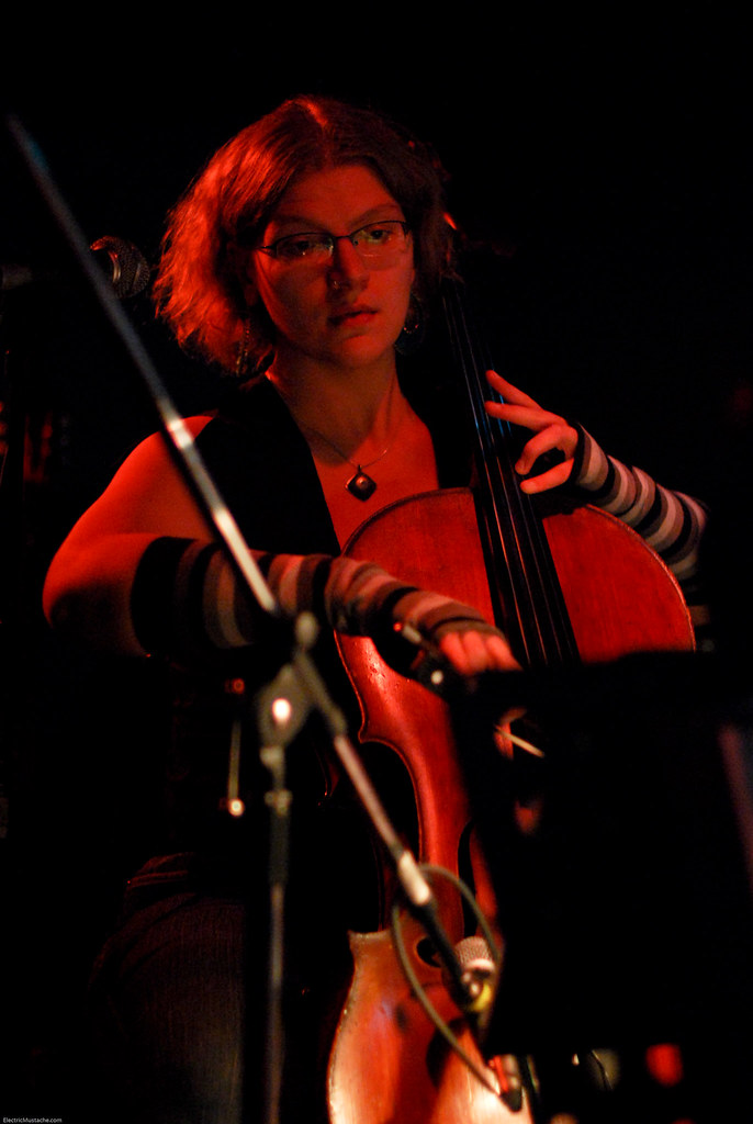 Portland Cello Project @ The Rhythm Room 11-17-09 (1 of 8)