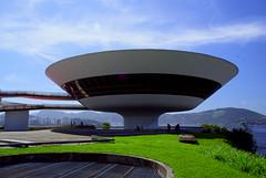 MAC - Niteroi (b_lenharo) Tags: brazil rio niemeyer arquitetura brasil riodejaneiro museum architecture oscar mac niteroi museudeartecontemporanea blenharo