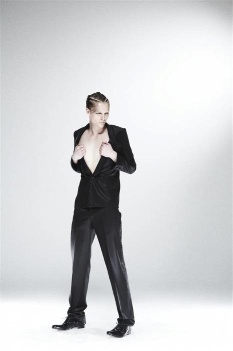Oliver Welton0088_XAMPAGNE FW11(Fashionsnap)