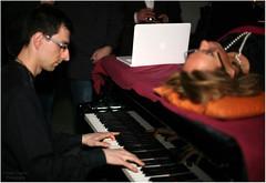 5621 (Cesare Vigan) Tags: marketing milano business massage evento chic brand the pianoforte unconventional massaggio musictherapy party wellnessparty benessere robertastefani marzo2011 wwwwellnesspartyit emanuelaventura simonafalasca