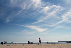Matosinhos Sul beach (cheesemonster) Tags: praia beach portugal strand port sand sandy sunny bluesky playa atlantic part porto blueskies pt plage spiaggia oporto platja ranta strnd cirrusclouds plaa plazhi plaa pl