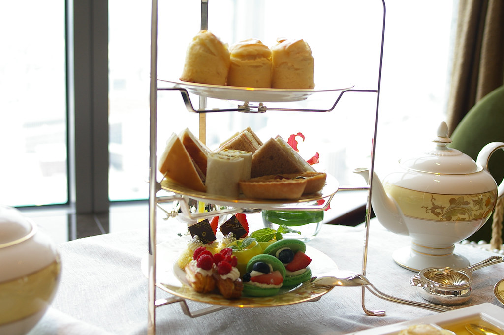 shangri-la hotel's afternoon tea set
