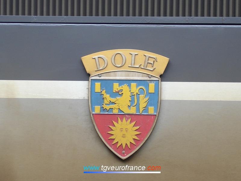 Blason de la ville de Dole (Jura) apposé sur la locomotive synchrone bi-courant BB26014