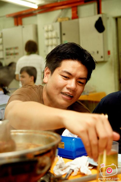 Yuen's-Wei-Jheng-eat