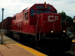 Westbound Canadian Pacific freight train. Bensenvile Illinois. August 2006.