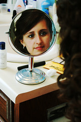 Michelle getting ready. (share your widsom) Tags: cambridge red senior hair teal makeup bow zebra gunsnroses cheeta 2010 mirrior welcometothejungle homecoming2009