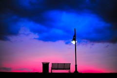 Para mi Papa... (.I Travel East.) Tags: love dedication bench twilight horizon father dream son lamppost ama memory papa inmemoriam anak liwanag thisisnothdr thisisnotphotoshop formyfather incamerasettingcoloursprovdedbynature paramipapa parasaakingama