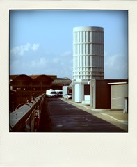 domani è giovedì (duineser) Tags: roof chimney tetto tomorrow thursday vega domani 0027 zonaindustriale ciminiera metafisica portomarghera magari poladroid giovedì