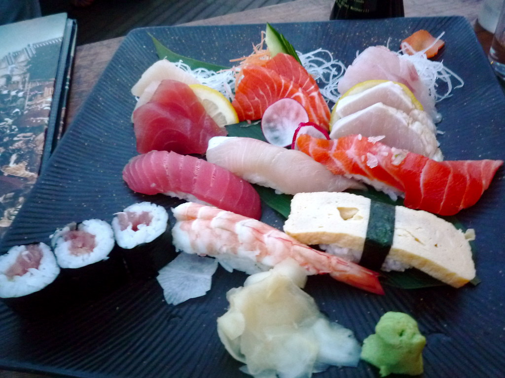 Sushi and sashimi small