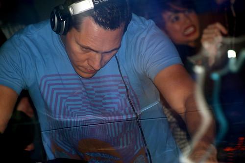 DJ Tiesto ::: Beta ::: 11.09.09
