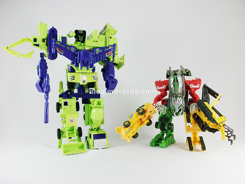 Transformers Devastator RotF Legends vs G1