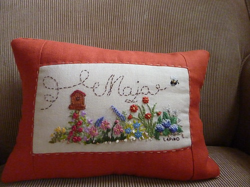 """Maja pillow • <a style=""""font-size:0.8em;"""" href=""""http://www.flickr.com/photos/35733879@N02/4199774879/"""" target=""""_blank"""">View on Flickr</a>"""
