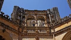 Batalha Monastery-Portugalia (dreptacz) Tags: zabytek monastyr klasztor portugalia rzeźba niebo niebieski żółty piskowiec batalha tamron sony slt lustrzanka kościół architektura