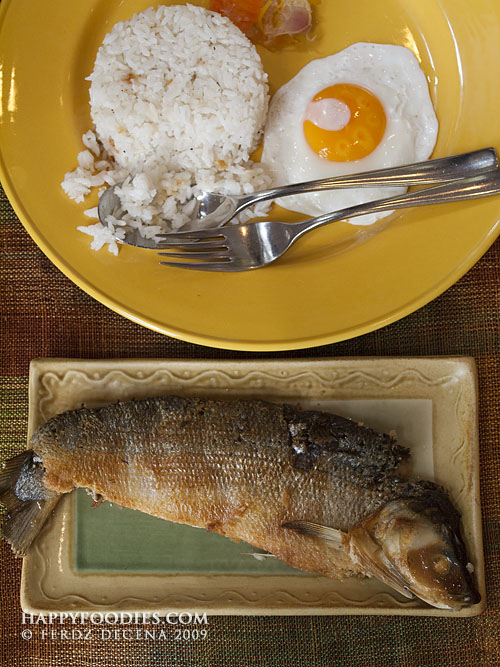 Tinapang Bonoan Bangus (Smoked Fried Milkfish)