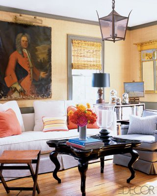 Casual Hamptons elegance: Roman shades + grass cloth wallpaper + antique painting, from Elle Décor