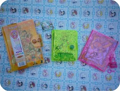 El Maravilloso Mundo Fluorescente de Sailor Moon!    Parte 1 (Average Girl  ) Tags: chile santiago cute diary journal collection plastic fluorescent plastico bison libreta agenda sailormoon fluorescente patronato coleccion phosphorescent diariodevida kawai dosforescente