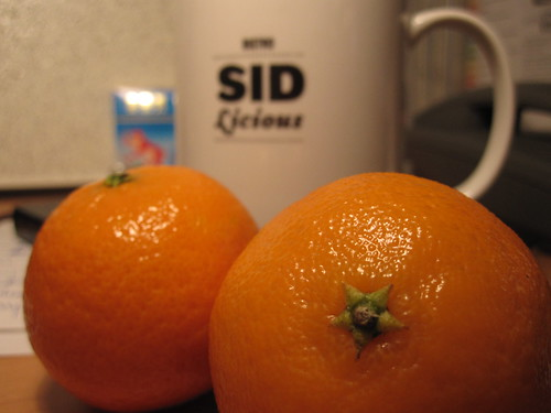 Tea and clementine from the bsitro - free