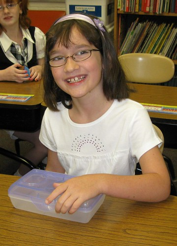 FirstDayOfSchool2009_016b