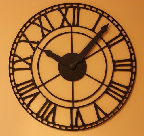 clock 001a
