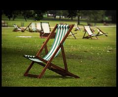 Un lugar para descansar.  (Londres) (CaRmEn C) Tags: parque london rboles stjamespark londres jardn hierba hamacas csped carmenc
