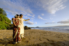 Brent & Reshma's wedding (Jason Tang Photography) Tags: travel wedding vacation landscape hawaii indian maui saree sari hdr kurta makena 14mm littlebeach d700 jasontang fav2009
