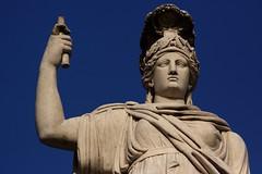 Piazza del Popolo (Gwenal Piaser) Tags: leica blue italy rome roma statue canon eos italia roman september bleu piazza popolo canoneos rom 2009 f28 italie wetzlar 135mm elmarit leitz 50d elmaritr eos50d canoneos50d unlimitedphotos leica135mmelmaritr gwenflickr