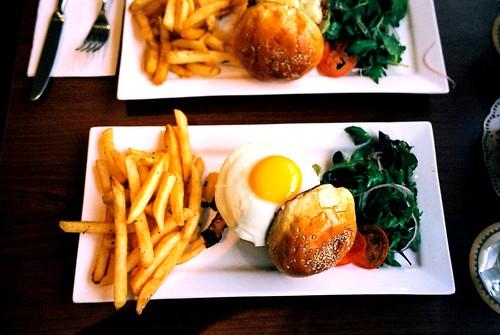 Café Hacienda L.A. Burger