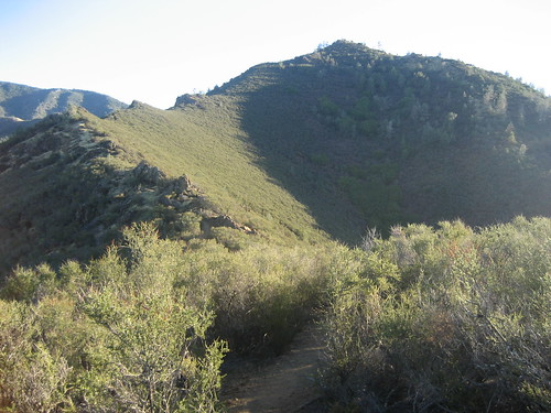 Final (?) Approach to Eagle Peak in Mt. Diablo State Park